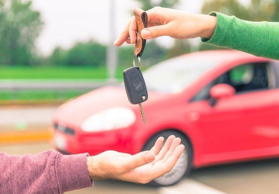 Imagem para ilustrar o texto sobre como fazer um bom negócio ao comprar um carro