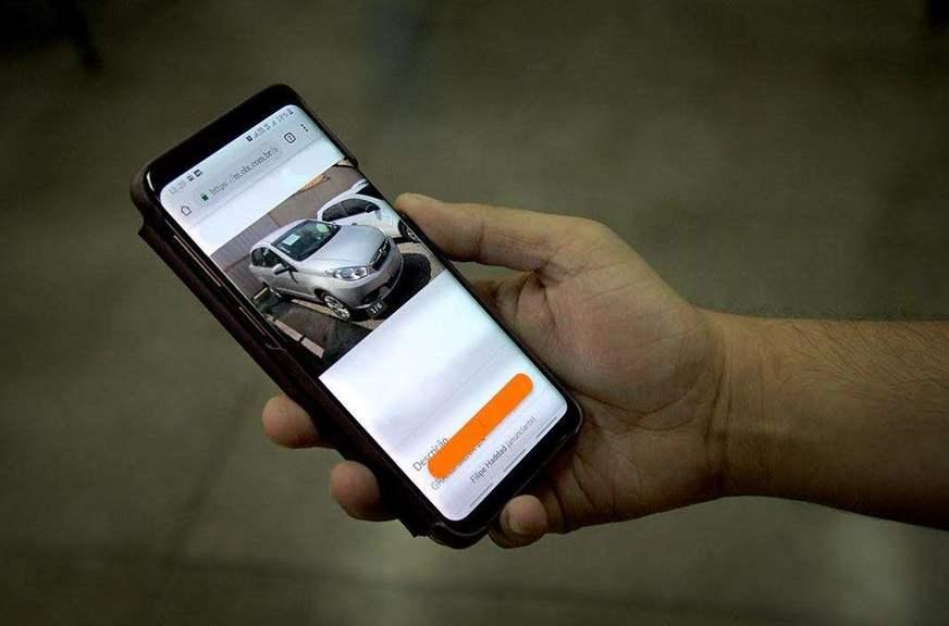 IMagem ilustrativa Veja como tomar cuidado com golpes na compra de carros pela internet